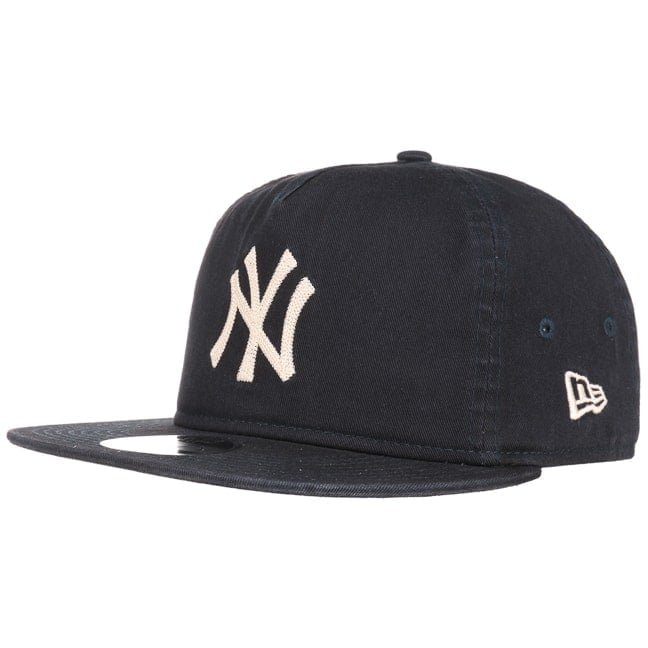 837b50c81b11f 9Fifty Chain Stitch Yankees Cap. by New Era