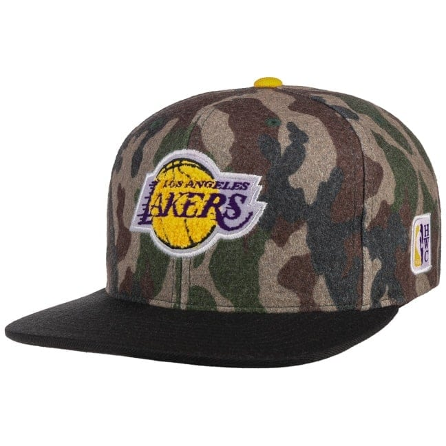 newest 09512 c271e HWC Camo Flannel Lakers Cap. by Mitchell   Ness